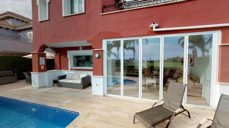 Made to measure bi-fold doors