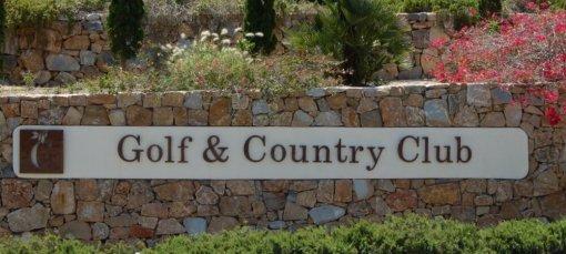 Las Coilinas Golf & Country Club